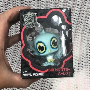 Monster High Vinyl Figure SIR HOOTS-A-LOT